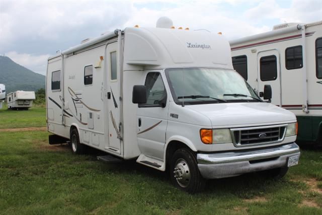 Used 2004 Forest River Lexington M270 Class C For Sale