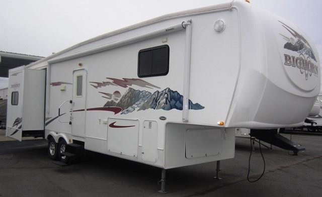 Used 2007 Heartland Big Horn 3055RL Fifth Wheel For Sale