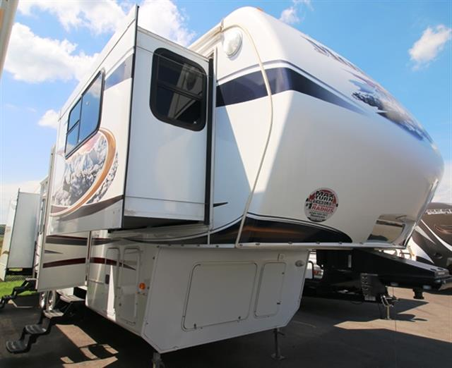 Used 2012 Keystone Montana 3750FL Fifth Wheel For Sale
