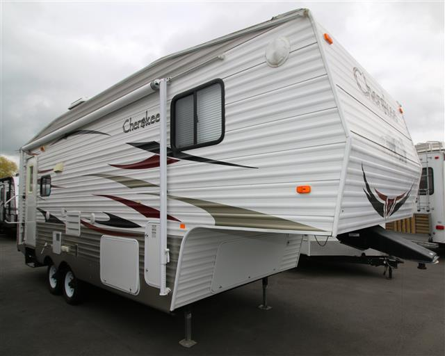 Used 2011 Forest River Cherokee 245L Fifth Wheel For Sale