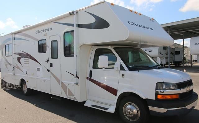 Used 2008 Fourwinds Chateau 31 GMT600 Class C For Sale