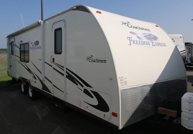 Used 2011 Coachmen Freedom Express 280RLS Travel Trailer For Sale