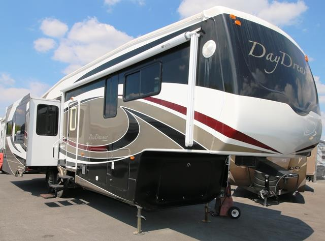 Used 2009 Forest River Cedar Creek 34RETSD Fifth Wheel For Sale