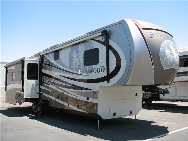 2015 Crossroads REDWOOD