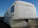 Used 2001 NuWa HITCHHIKER II 31RLBG Fifth Wheel For Sale