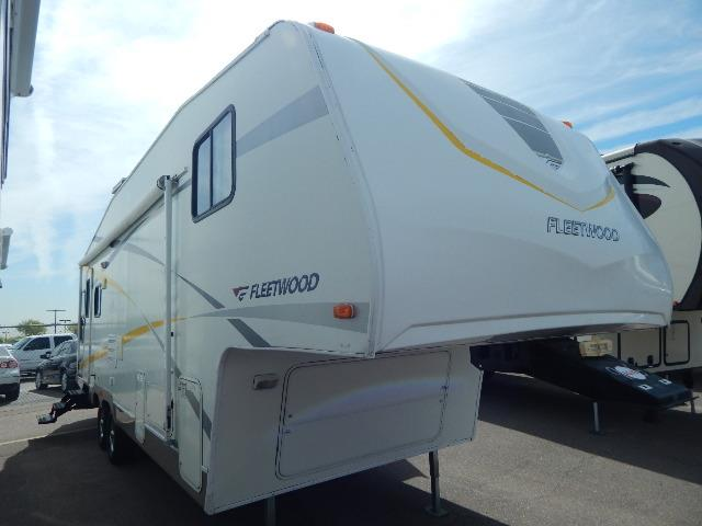 Used 2005 Fleetwood Pegasus 275RLS Fifth Wheel For Sale