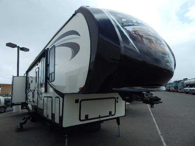 Used 2015 Forest River Sierra 365SAQB Fifth Wheel For Sale