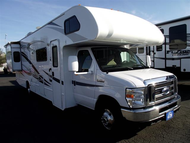 Used 2014 THOR MOTOR COACH Freedom Elite 31L Class C For Sale