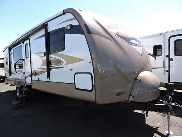 Used 2012 Crossroads Cruiser 28RKX Travel Trailer For Sale