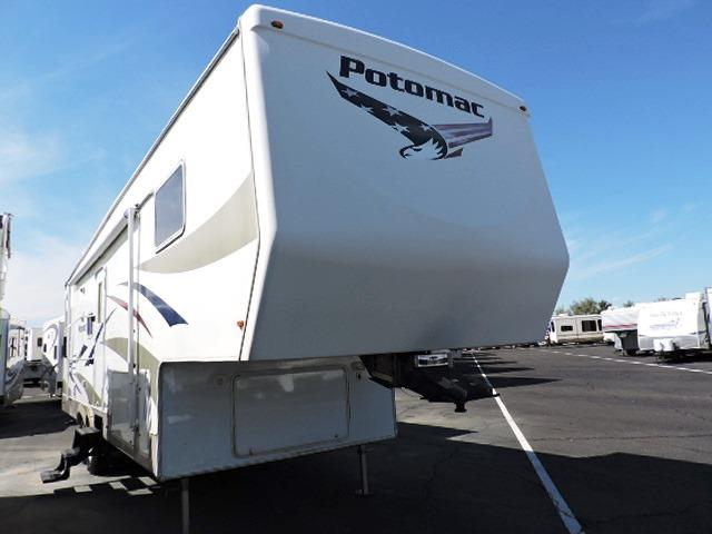 Used 2006 POTOMAC Potomac 32RLDS Fifth Wheel For Sale