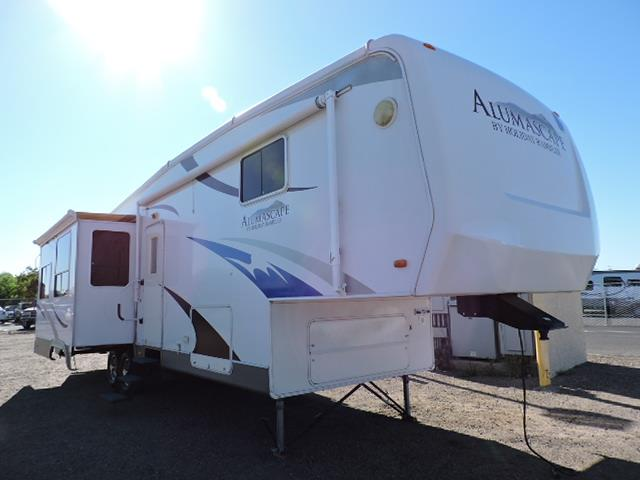 Used 2009 Holiday Rambler Alumascape 33CKT Fifth Wheel For Sale