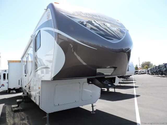 Used 2014 Keystone Mountaineer 345DBQ Fifth Wheel For Sale