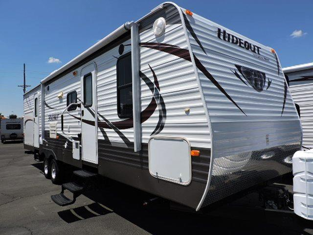 Used 2014 Keystone Hideout 31RBDS Travel Trailer For Sale