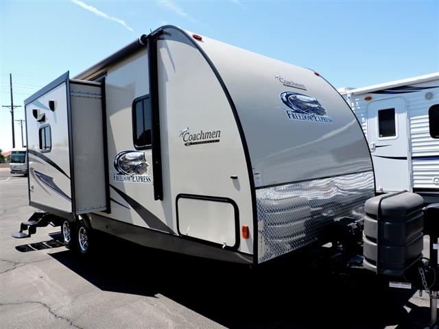 Used 2014 Coachmen Freedom Express 233RBS Travel Trailer For Sale