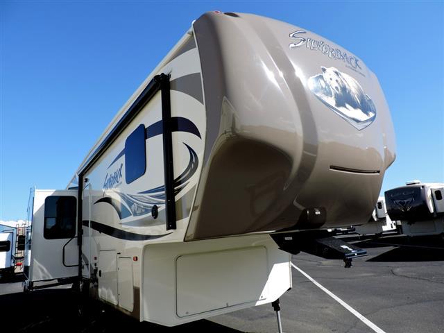 New 2016 Forest River Cedar Creek Silver Back 29RE Fifth Wheel For Sale
