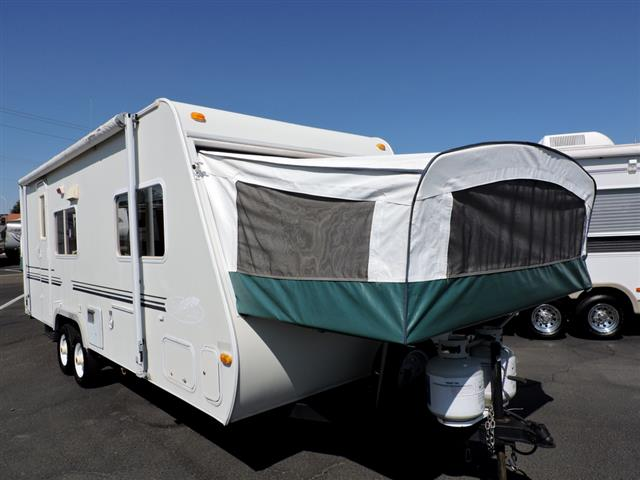 Used 2002 R-Vision Bantam 23SB Travel Trailer For Sale