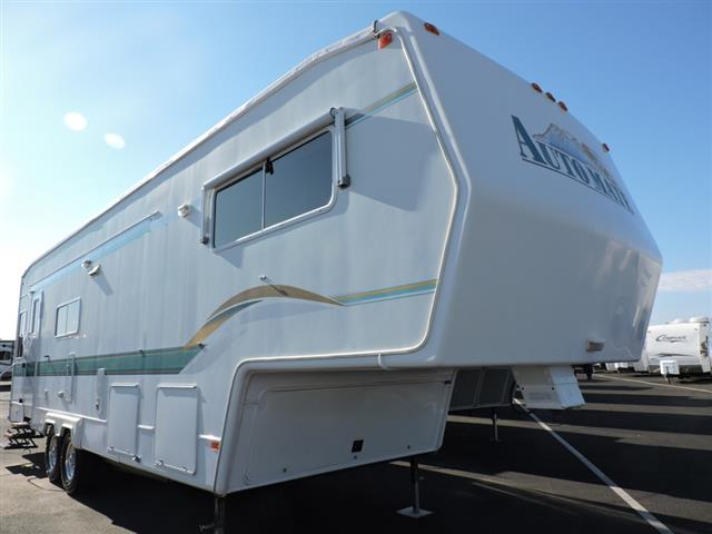 Used 2004 Auto Mate Automate 35G Fifth Wheel For Sale