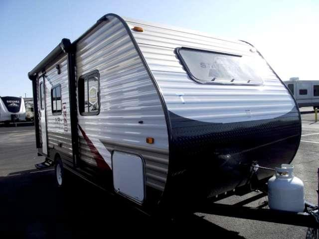 Used 2016 Starcraft AR-1 18QB Travel Trailer For Sale