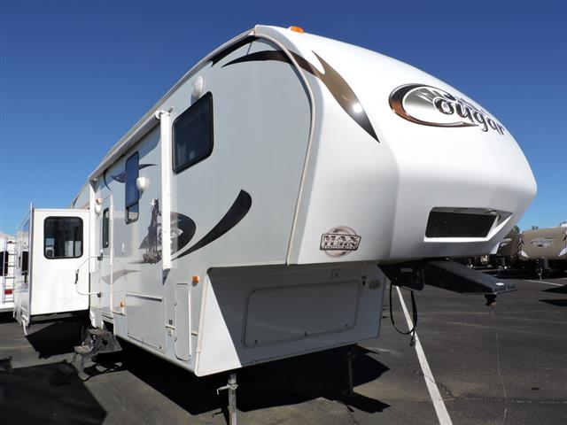 Used 2011 Keystone Cougar 327RES Fifth Wheel For Sale