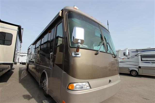 Buy a Used Beaver Motor Coaches Patriot in Meridian, ID.