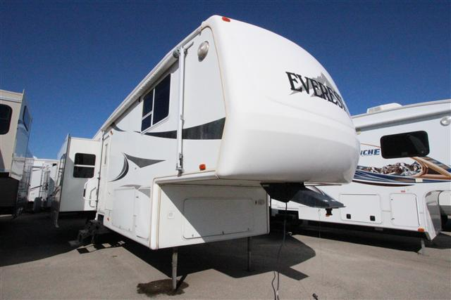 2003 Fifth Wheel Keystone Everest
