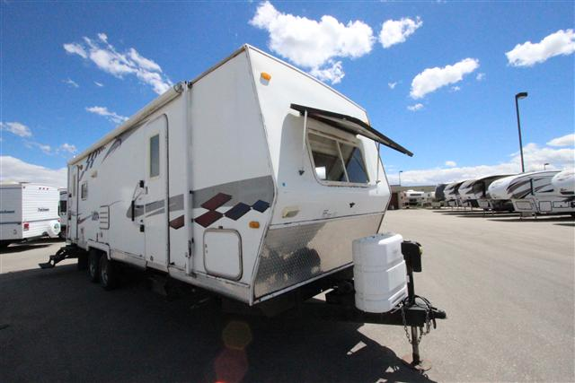 Used 2005 Thor Tahoe 25RLSS Travel Trailer For Sale