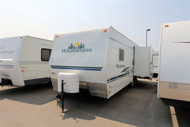 Used 2007 Fleetwood Wilderness 250RLS Travel Trailer For Sale
