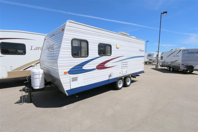 Used 2005 Fleetwood Pioneer 180CK Travel Trailer For Sale