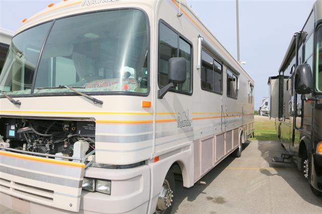 Used 1993 Fleetwood Bounder 34J Class A - Gas For Sale