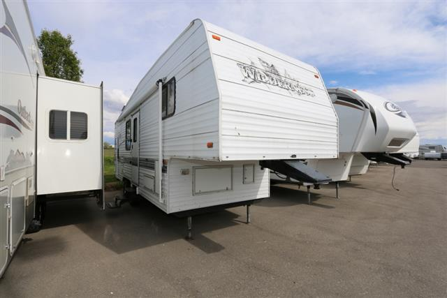 Used 1998 Fleetwood Wilderness 27.5 Fifth Wheel For Sale