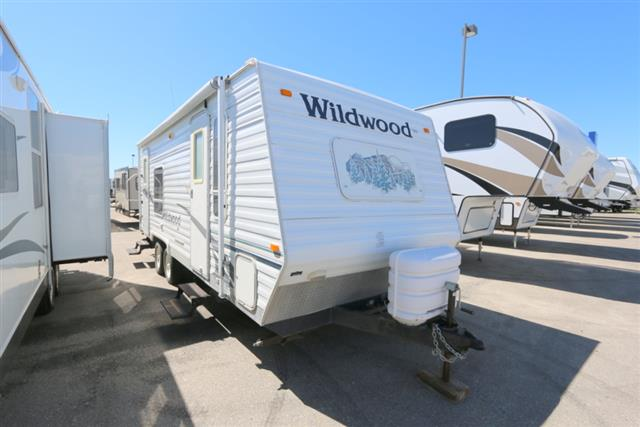 Used 2006 Forest River Wildwood 25SL Travel Trailer For Sale