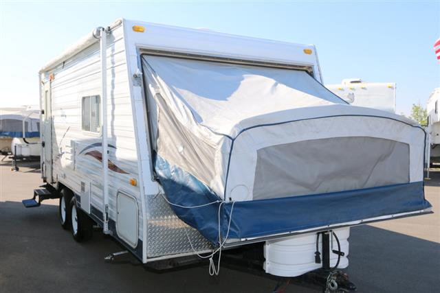 Used 2004 Thor Tahoe 19DT Travel Trailer For Sale