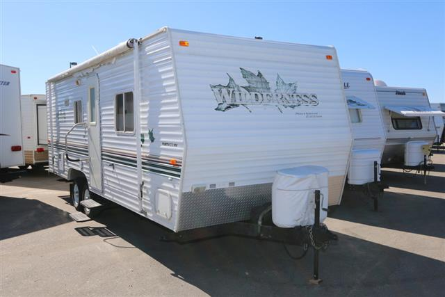 Used 2002 Fleetwood Wilderness 25Z Travel Trailer For Sale