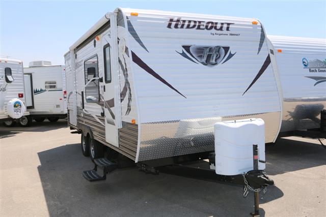Used 2013 Keystone Hideout 19FLBWE Travel Trailer For Sale