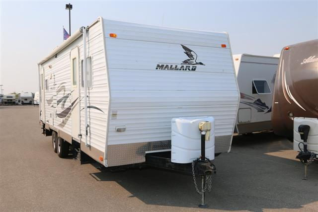 Used 2007 Fleetwood Mallard 26RLS Travel Trailer For Sale