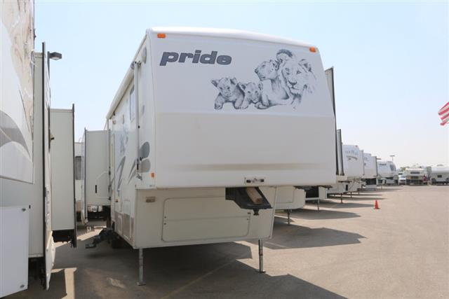 Used 2001 Fleetwood Pride 33-5Z Fifth Wheel For Sale