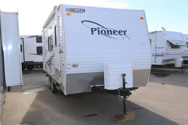 Used 2006 Fleetwood Pioneer 18CK Travel Trailer For Sale