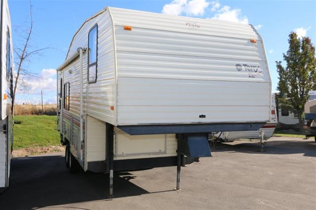 Used 1995 Fleetwood Terry 29 Fifth Wheel For Sale