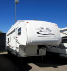 Used 2005 Dutchmen Victory Lane 26.SRV Fifth Wheel Toyhauler For Sale