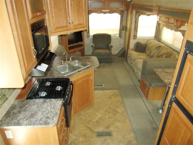 Buy a Used Keystone Cougar in Tucson, AZ.