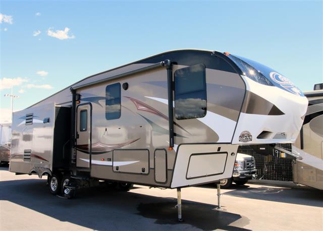 New 2016 Keystone Cougar 303RLS Fifth Wheel For Sale