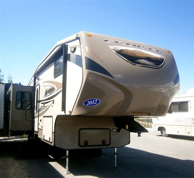 Used 2012 Crossroads Cruiser 310RE Fifth Wheel For Sale