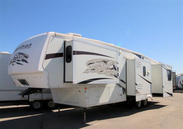 Used 2008 Keystone Montana 3400RL Fifth Wheel For Sale