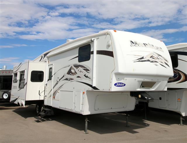 Used 2008 Keystone Montana 3400RL Fifth Wheel For Sale
