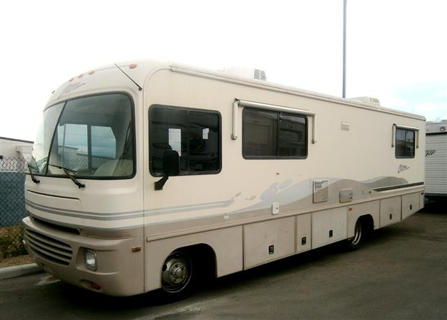 Used 1997 Fleetwood Storm 30H Class A - Gas For Sale