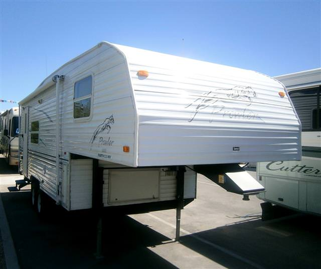 Used 2001 Fleetwood Prowler Lite 24.5RK Fifth Wheel For Sale