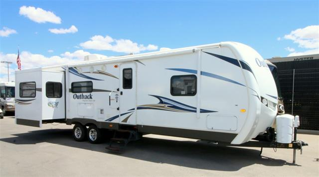 Used 2011 Keystone Outback 298RE Travel Trailer For Sale