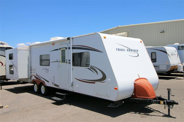 Used 2009 R-Vision Trail Cruiser 29BHDS Travel Trailer For Sale