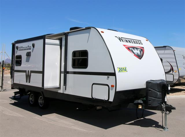 Used 2014 Winnebago Minnie 2351DKS Travel Trailer For Sale