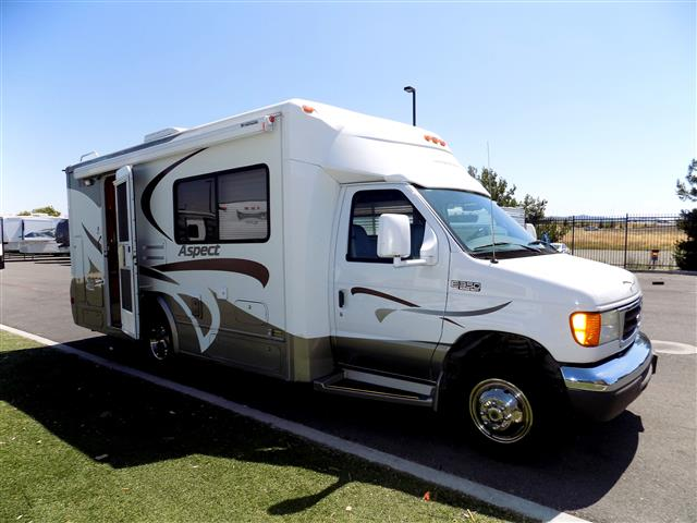 Used 2005 Winnebago Aspect ASPECT Class C For Sale